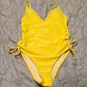 L.A. HEARTS one piece swimsuit (size XS)